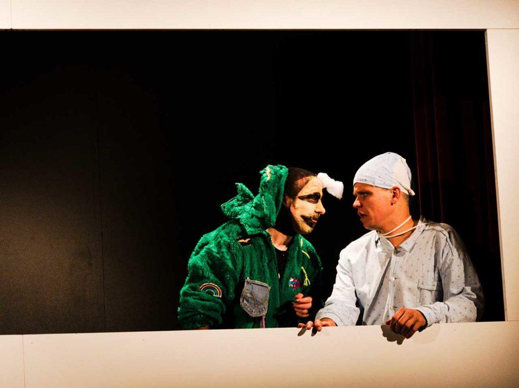 Theater Grand Guignol: Ein Leben lang kurze Hosen tragen